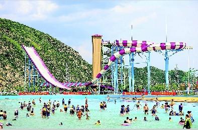庞泉沟水上乐园成市民消暑度假好去处