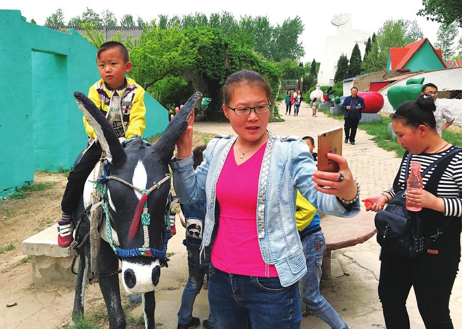 贾家庄村生态园体验农耕文化