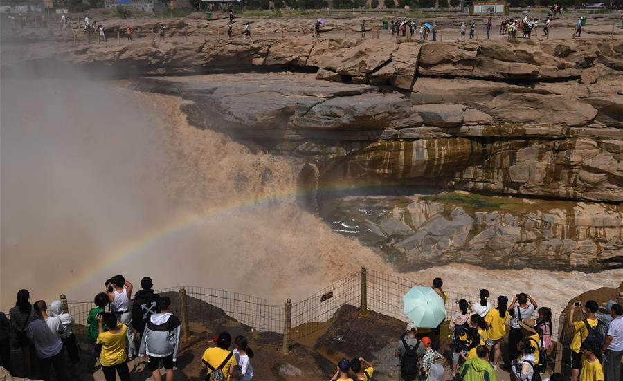壺口瀑布迎來旅遊高峰