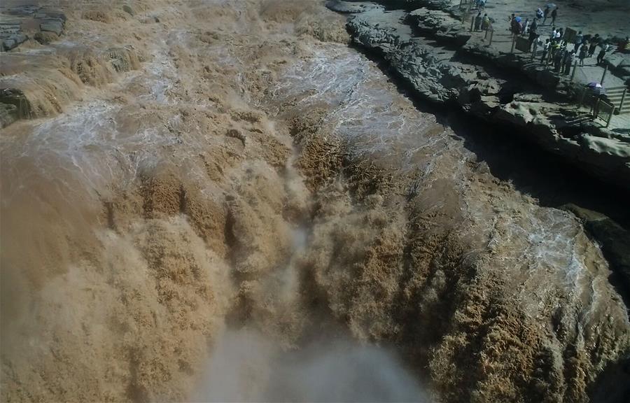 壯哉,黃河壺口瀑布