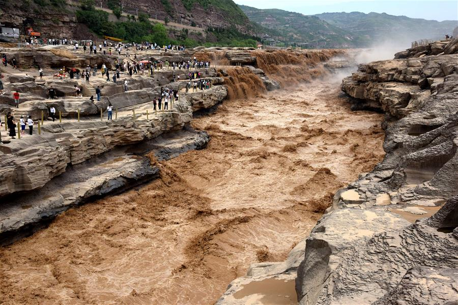 黃河壺口瀑布水量大漲
