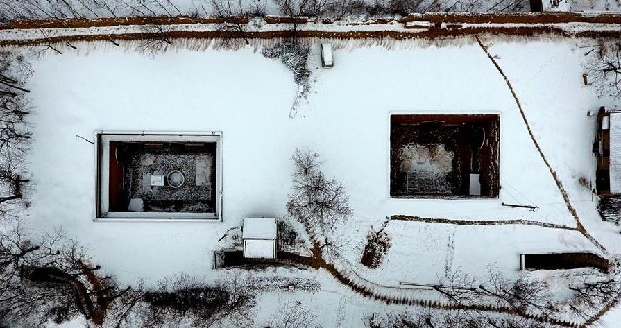 雪後初霽地窨院