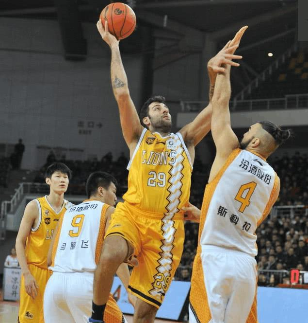 CBA常规赛:山西男篮116:126广厦男篮