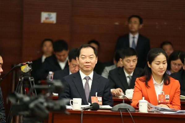 王俊飚:爭當國企國資改革的先遣軍、先行者