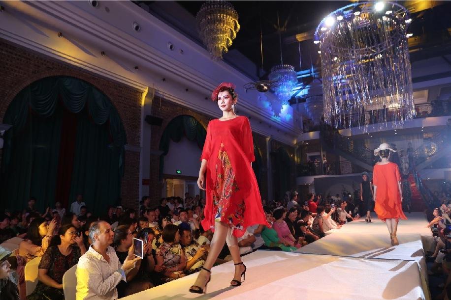 三晉國際服飾文化節開幕