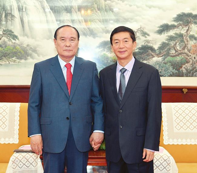 駱惠寧會見韓國21世紀韓中交流協會會長金漢圭