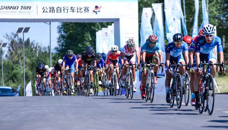 直擊二青會公路自行車賽