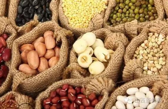 """一大波特色農産品亮相山西貧困地區農特産品""""五進""""對接承銷展會"""