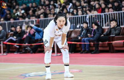 武桐桐與籃球的不解情緣