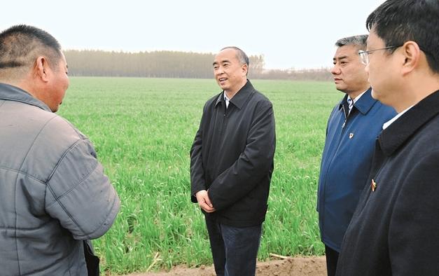 林武在運城臨汾調研春季農業生産工作