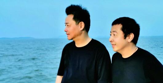 賈樟柯:一直遊到海水變藍