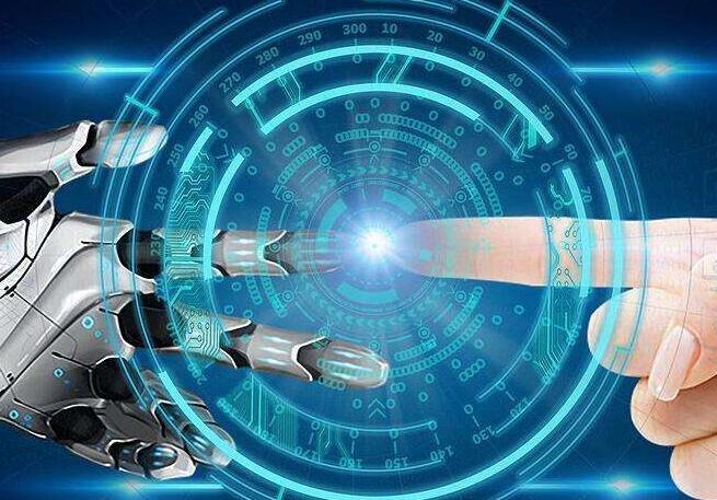 李彥宏委員:注重人工智能新型基礎設施的構建和部署