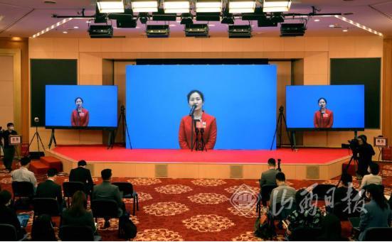 王潤梅代表:統籌提高市政、環衛工人待遇