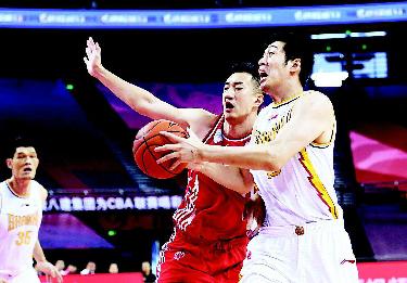 山西男籃90比79逆轉取勝青島隊
