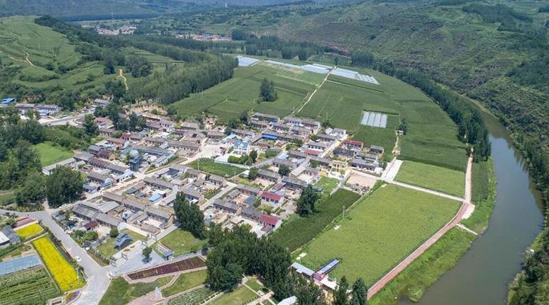 飛嶺村:一個小山村的華麗轉身