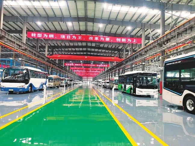 山西自主研發生産的首批氫能源電動汽車全新亮相