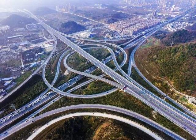 太原繞城高速分流管控 交警詳解通行證申領方法