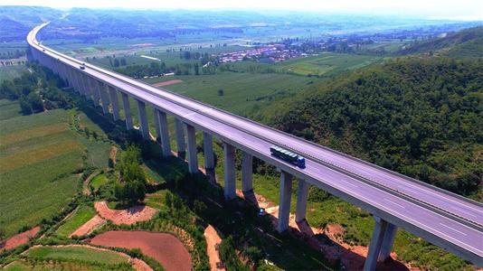 山西公路水路交通固定資産投資累計完成636.6億元