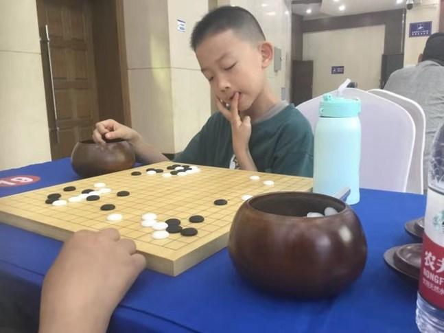 山西省圍棋錦標賽收官 趙望濤9戰9勝封王