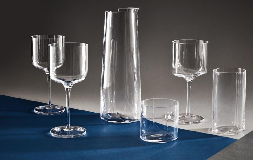 山西省玻璃器皿亮相第二屆中東歐博覽會